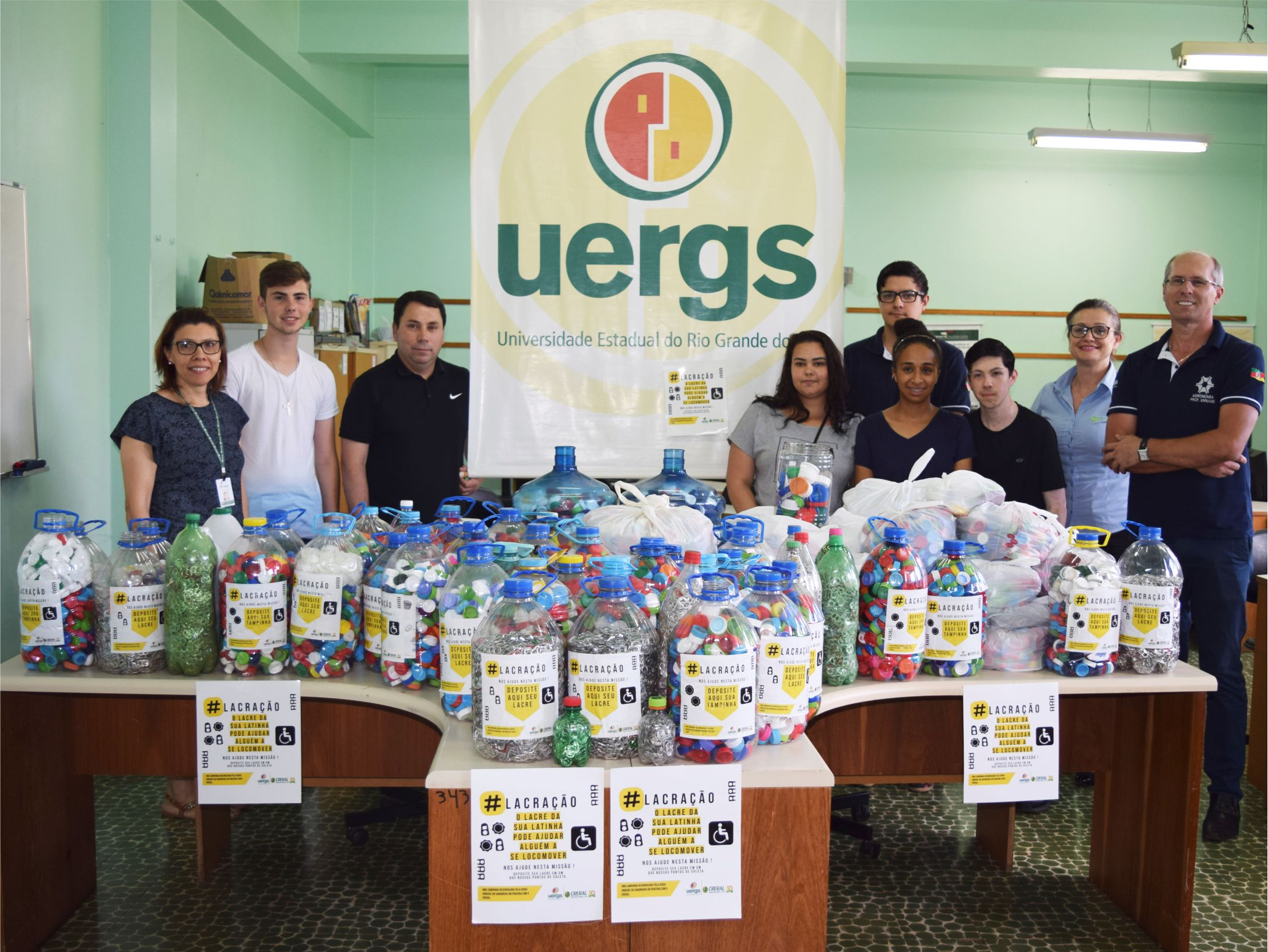 """Creral recebe doações da UERGS para a campanha """"Um lacre aqui, uma ajuda ali"""""""