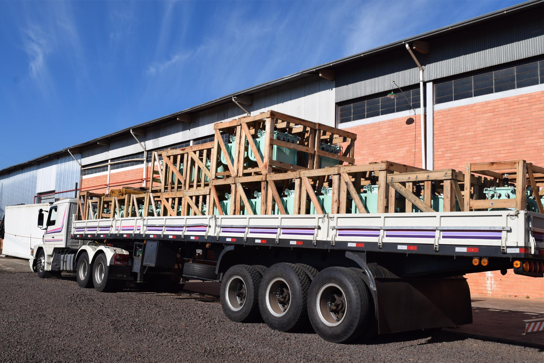 Creral recebe novos transformadores para melhorias nas redes e agilidade nos atendimentos